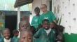 Pr. J. Valberto com algumas crianças da E.BETEL
